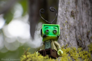 Ray Tenny on the moss - @teddi_toyworld